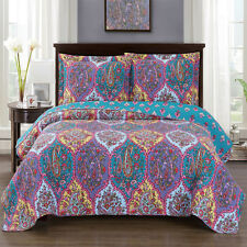 Full/Queen Viola Oversized Reversible Print Wrinkle Free Microfiber Coverlet