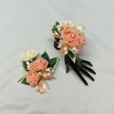 WEDDING FLOWERS PROM LADIES BRIDESMAID CORSAGE PACKAGE LIGHT PEACH FOAM ROSES