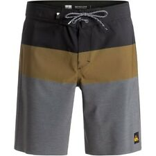 Quiksilver Blocked Vee 20in Mens Shorts Boardshorts - Black All Sizes