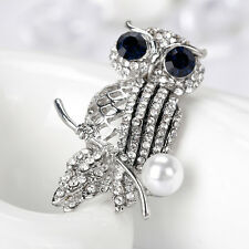 VINTAGE WOMEN JEWELRY RHINESTONE HOLLOW IMITATION PEARL OWL BROOCH PIN MASTERLY