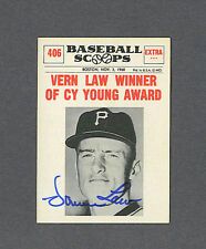 Vern Law signed Pirates 1961 NU Baseball Scoops card