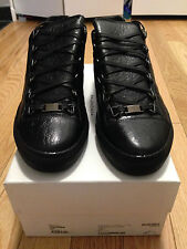 Balenciaga Low Top Arena Sneaker in Black