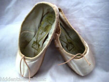 NEW FREED CLASSICS WOMENS PINK POINTE SHOES REGULAR AND DEEP VAMP Sizes 2- 7.5