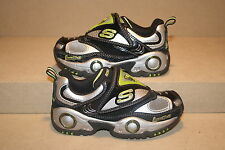 BOYS SKECHERS LUMINATORS SHOES -  SEE LISTING FOR SIZES (758)
