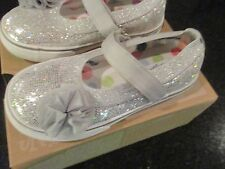 Morgan & Milo Girls Shimmer Mary Jane Silver Sizes 8 Toddler - Youth 2   NEW