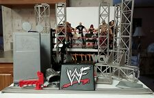 LOT OF 12 JAKKS & TOY BIZ FIGURES W/ACCESSORIES+WCW/WWF ATTITUDE STORAGE RING +