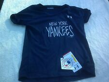 NWT Under Armour Heat Gear short sleeve T, loose, youth M, NYY, New York Yankees