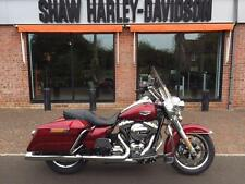 Harley-Davidson Touring FLHR Road King in Velocity Red Sunglo 2016