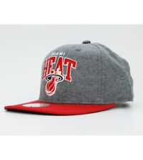 Mitchell and Ness MIAMI HEAT Snapback Cap Grey / Red Arch Jersi Cap