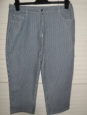 NEW WOMANS LADIES 100% COTTON NAVY & WHITE STRIPED CROPPED SUMMER TROUSER