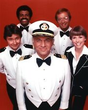 Love Boat, The [Gavin Macleod / Jill Whelan & Cast] (54166) 8x10 Photo