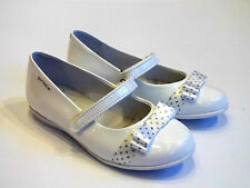 Garvalin Girls White Patent Shoes With Bow Detail At The Front