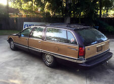 Buick : Roadmaster Estate Wagon 4-Door