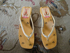 WOODIES FLUFFY DOG PRINT WOODEN SANDALS NEW~~NEVER WORN SIZES 7