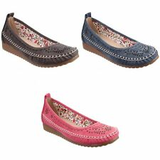 Fleet & Foster Womens/Ladies Neptune Perforated Wedged Slip On Shoe