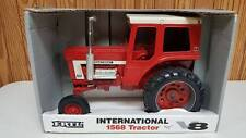 INTERNATIONAL 1568 TRACTOR WITH V-8  1:16 SCALE  ERTL DIE-CAST 1994 USA