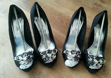 LADIES BLACK PEEP TOE COURT SHOES WITH JEWEL - 1 PAIR - SIZES 5, 6 & 7 AVAILABLE