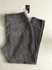 (NWT) Style&Co Women's Plus Size 2X or 3X Carbon Gray Corduroy Stretch Leggings