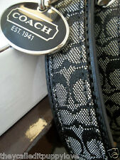 NEW COACH one on site CLASSIC BLACK SIGNATURE LEATHER  LARGE DOG COLLAR L