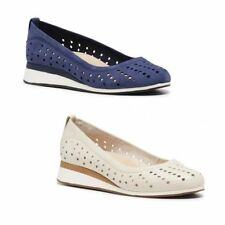 WOMENS HUSH PUPPIES OCEANA EVARO NAVY  OFF WHITE SLIP ON LEATHER WEDGES SHOES