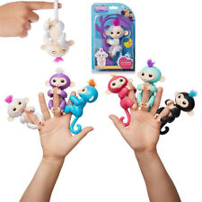 Fingerlings Monkey bébé singe interactif Wow Wee Couleur au Choix