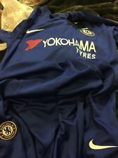 chelsea fc 2017-2018 home shirt and shorts 9-10 year old