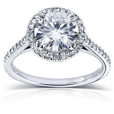 Round-cut Moissanite and Diamond Engagement Ring 1 3/4 Carat (ctw) in 14k White