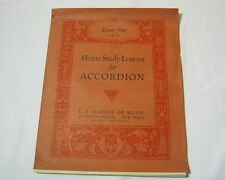Home Study Lessons for Accordion U.S. School of Music Lesson Book  T*