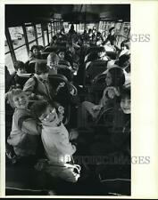1984 Press Photo Students from Capitol Hill School ride school bus - orb04259