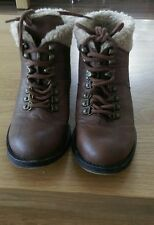 blowfish brown ankle boots flats size 3 faux fur lining