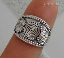 Solid Silver, 925 Traditional Carved Balinese Design Ring 36592