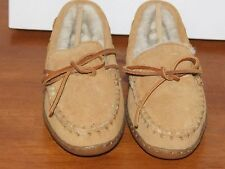Minnetonka Moccasin Tan Suede Moccasin Slippers