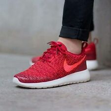 NEW  Womens  NIKE ROSHE ONE FLYKNIT red trainers  Size 5