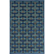 Meticulously Woven Centinela Rug (5' x 7'6)