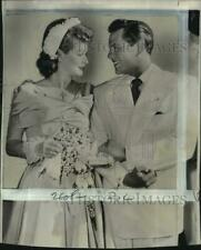 1949 Press Photo Actors Lucille Ball and Desi Arnaz at California Wedding