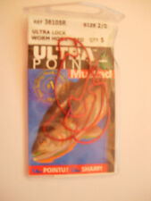 MUSTAD ULTRA POINT ULTRA LOCK OFFSET WORM/SOFT PLASTIC HOOKS (RED) VARIOUS SIZE