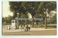 tp9287 - Beds - St. Peter's Church and Bunyan's Statue, in Bedford - Postcard