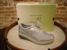 Joy Mangano Silver GetFit Lace-Up Tennis Shoes Grasshoppers NEW