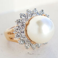Vintage Cream Pearl Austrian Crystal Ring Gold Tone Size 5, Made in USA #0003