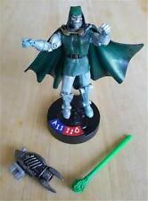 Toy Biz Marvel Universe Legends Showdown Dr. Doom with Stand Very Posable Figure