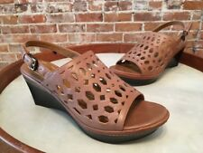 B Makowsky Solly Brown Leather Cutout Design Wedge Sandals New
