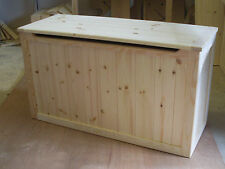 BEAUTIFUL HAND CRAFTED PINE WOODEN TOY BOX,  BLANKET BOX, CHEST SEAT BOX