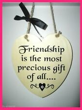 Friendship Wall Plaque - Shabby Chic plaque - Best Friend  -  Heart Wall Plaque