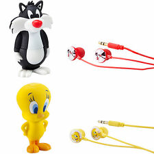 EMTEC 8GB Looney Tunes MP3 Player w/Built-in Speaker & Stereo Earbuds Bundle