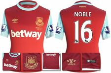 *15 / 16 - UMBRO ; WEST HAM UTD HOME SHIRT SS + PATCHES / NOBLE 16 = SIZE*