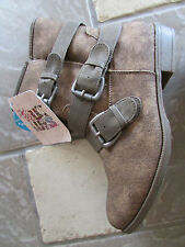 NEW MUK LUKS HANNAH ANKLE BOOTS WOMENS 7 BROWN MULTI BUCKLE  FREE SHIP