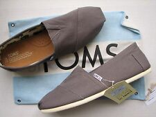 NEW TOMS Men's Ash Canvas Classics Casual Slip on Loafer