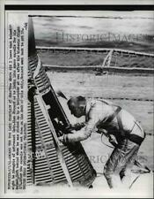 1961 Press Photo Aboard USS Lake Champlain Alan Shepard looks in space capsule.