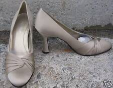 """NEW NINE WEST DIVIDE Taupe Gray Wrap Front 3.5"""" Pump"""