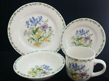 Thomson Pottery Floral Garden 4 Piece Place Setting (s) Dinner Plates Mug Bowl